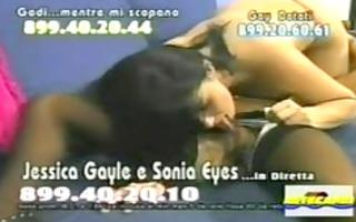 sonia eyes e jessica gayle lesbian