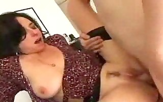 brunette hair d like to fuck lured in a younger
