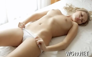 babe plays with sex toy