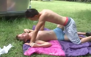 two hawt twinks hide behind a trailer - high drive